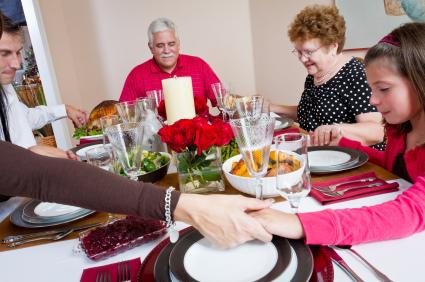 family-dinner-prayer.jpg